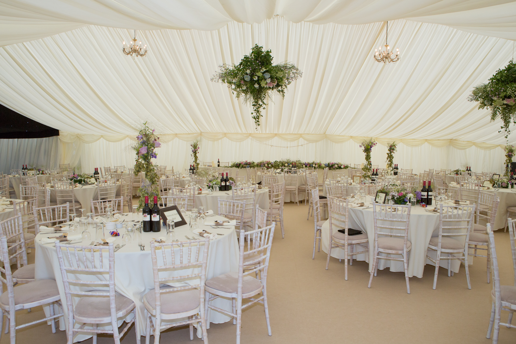 Tents marquee inside table and chairs – Wedding